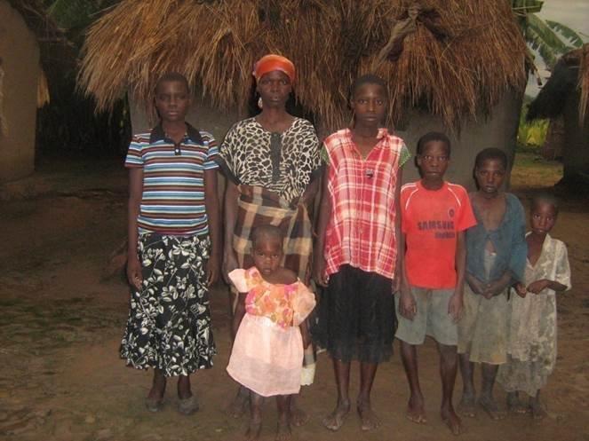 Rodina, která získala od dárců kozu